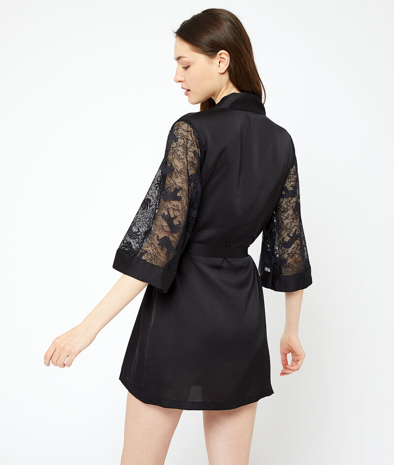 Kimono manches dentelle;${refinementColor}