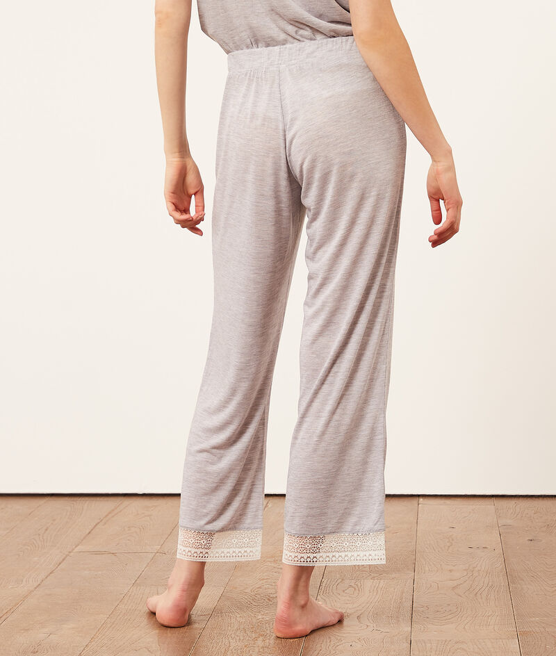 Пижамные брюки с кружевной окантовкой;${refinementColor}