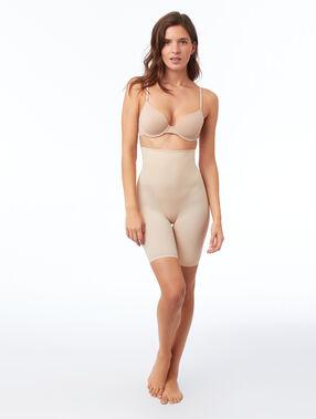 Трусики с эффектом скульптурирования - уровень 3 : смоделированный силуэт телесный.