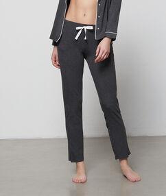 Мягкие комфортные брюки серый.