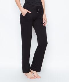 Удобные брюки чёрный.