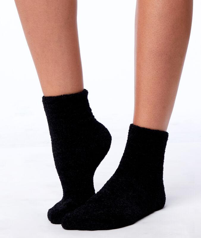 Велюровые носки черный.
