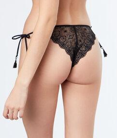 Bikini en dentelle à nouer noir.