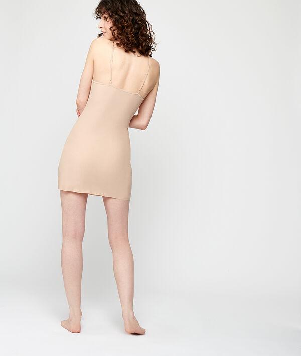 Платье на тонких бретельках;${refinementColor}