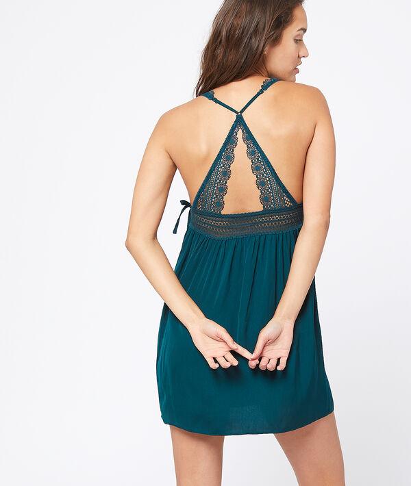 Сорочка с кружевом спереди и на спинке