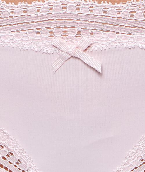 Танга, украшенные графическим кружевом края