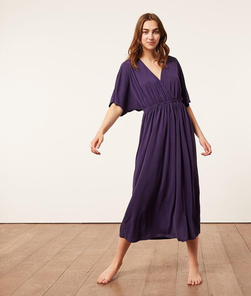 Платье с V-образным вырезом;${refinementColor}