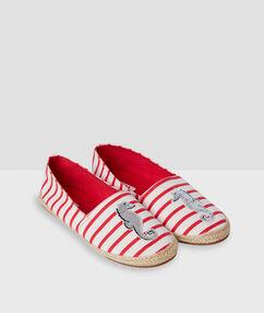 Тапочки-сандалии в полоску белый.