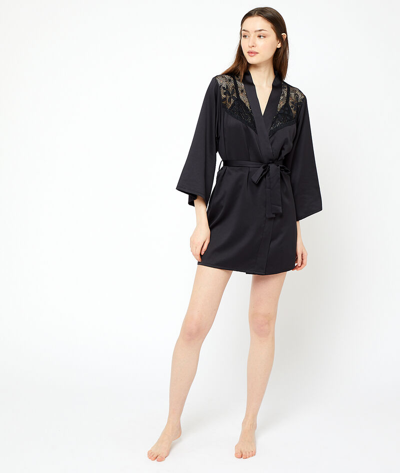 Kimono détails dentelle;${refinementColor}