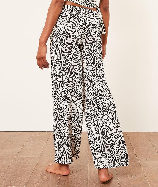 Атласные брюки с анималистичным принтом;${refinementColor}