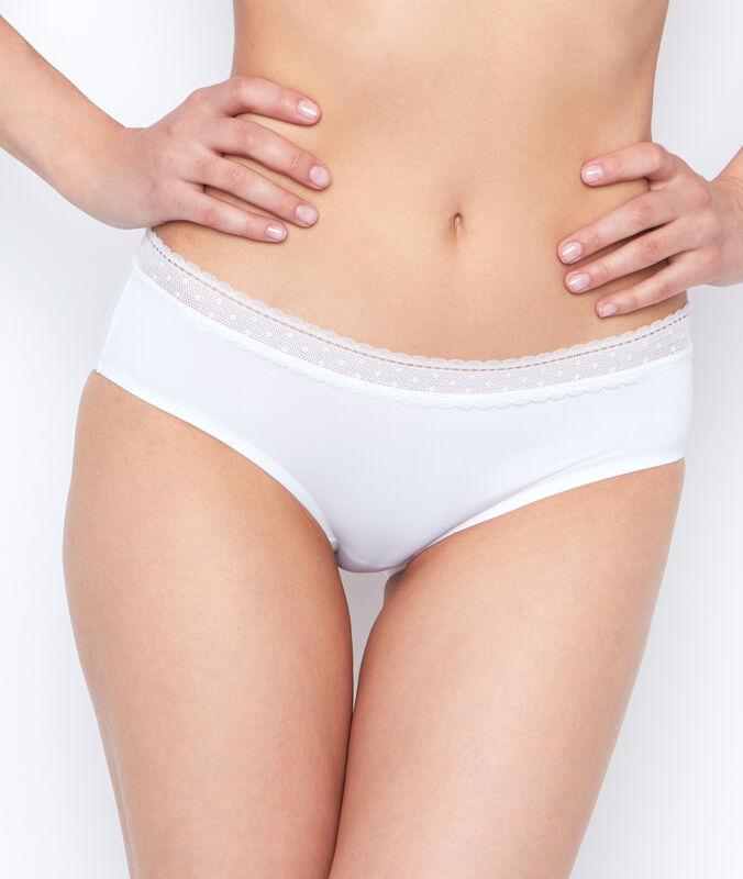 Трусики-шорты микроволокно и кружево белый.
