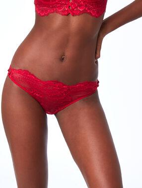 Culotte en dentelle à motifs rouge.