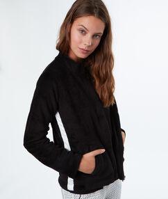Толстая и невероятно мягкая рубашка с контрастирующей полоской noir.