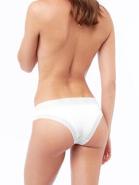 Трусики-хипстеры с кружевной окантовкой белый.