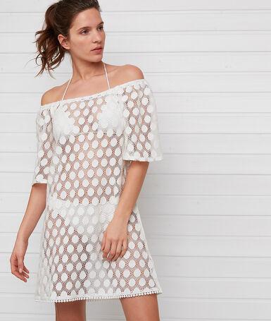 Ажурное пляжное платье экрю.