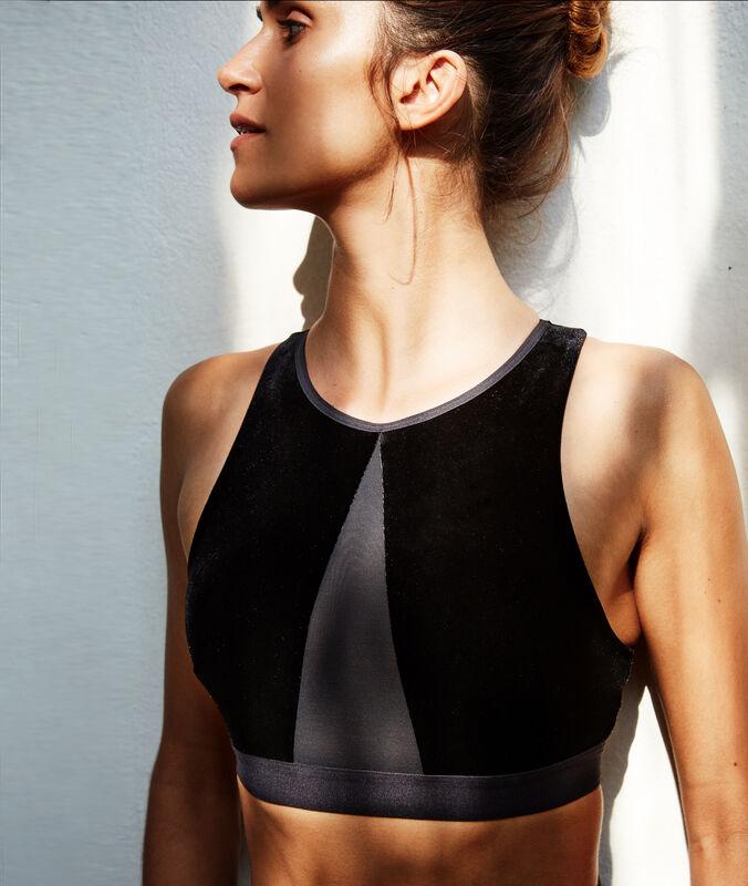Спортивный велюровый бюстгальтер, съемные подкладки - средняя поддержка черный.