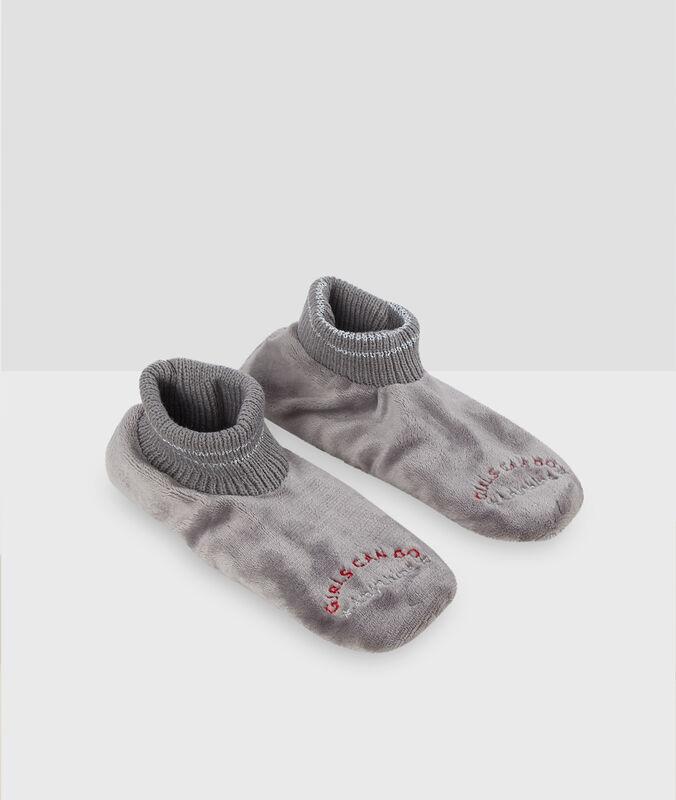 Chaussettes homewear fausse fourrure gris.