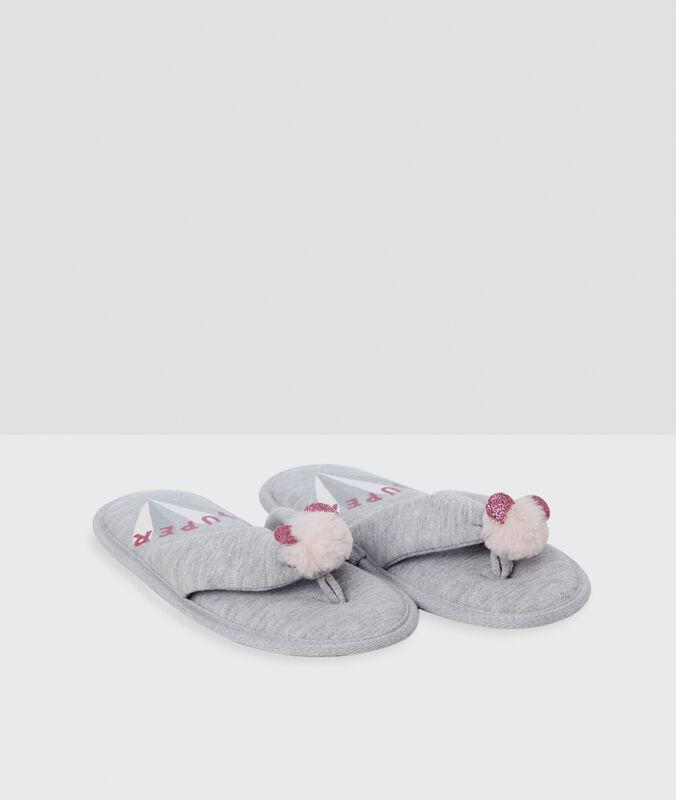 Тапочки-вьетнамки с помпонами серый.