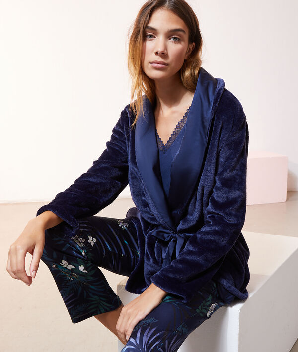 Атласный пижамный комплект с принтом
